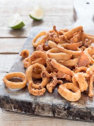anelli di calamari fritti fish and sea fruits food photography