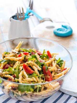 Insalata di trofie - ricetta pasta fredda salads food photography