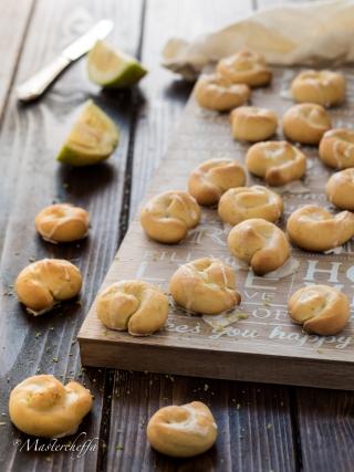 limoncetti glassati alla ricotta desserts food photography