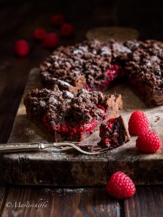 sbriciolata cioccolato e lamponi