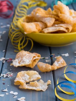 chiacchiere nonna tina chiacchiere al pistacchio carnevale food photography