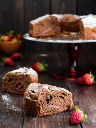 ciambella fragole cacao desserts food photography