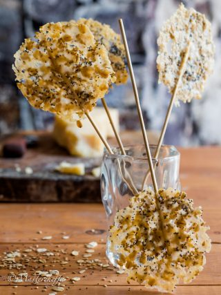 lecca lecca di parmigiano finger food food photography